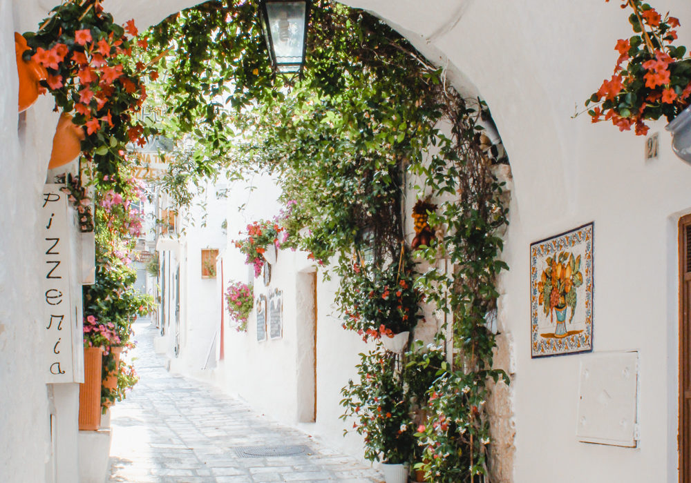 Weekend Guide to Puglia: Ostuni and Alberobello