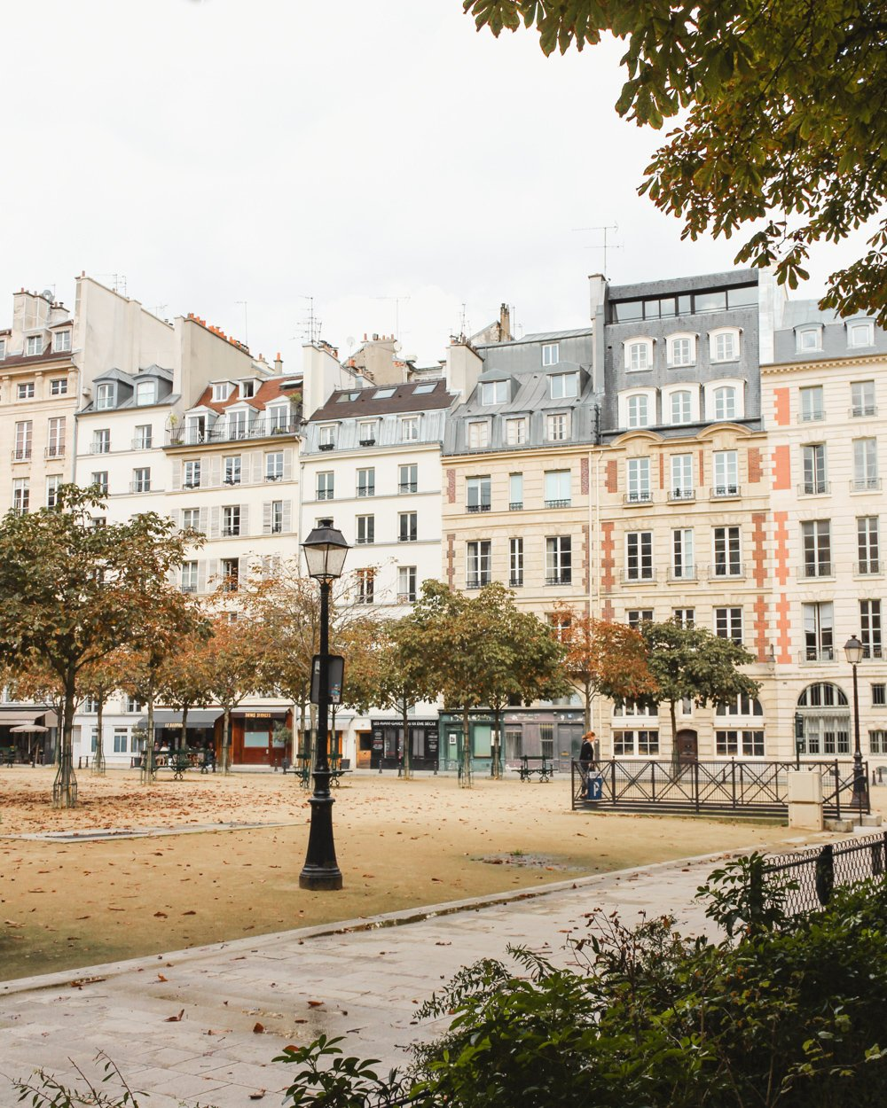 Visit Paris in the Fall-