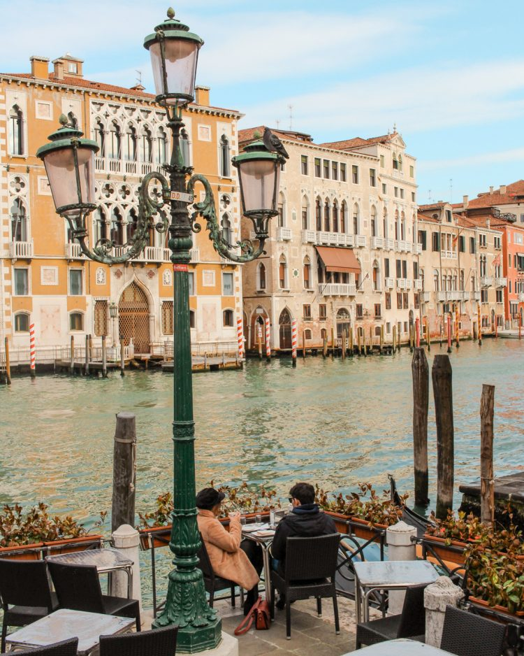 Venice Travel Guide.