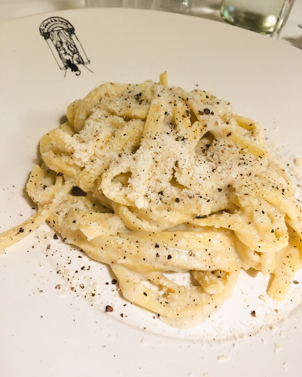 Where to eat and drink in Rome| Cacio e pepe
