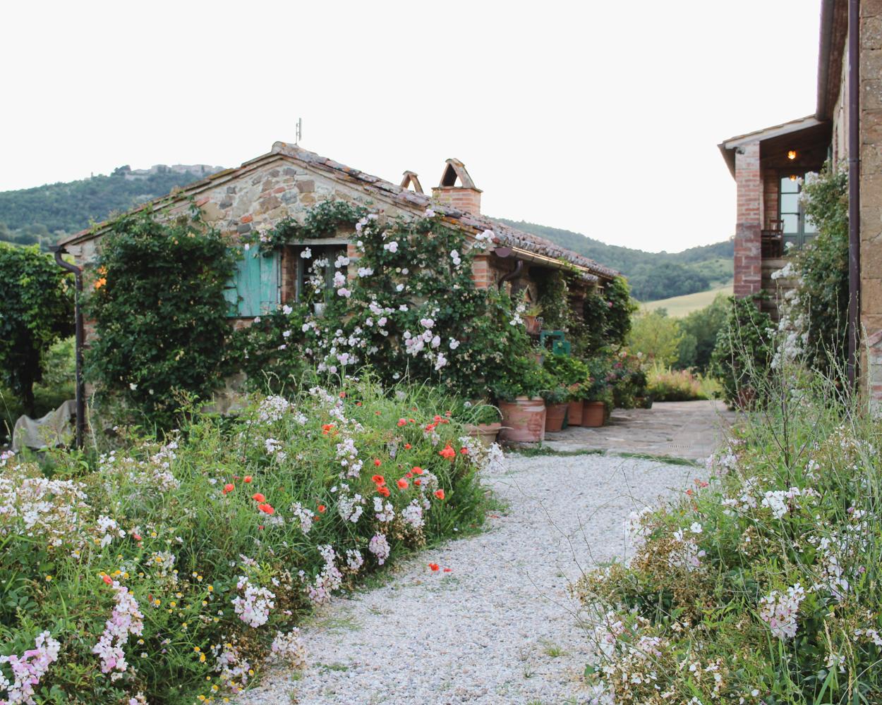 Where to Stay in Tuscany- Follonico. #Italy