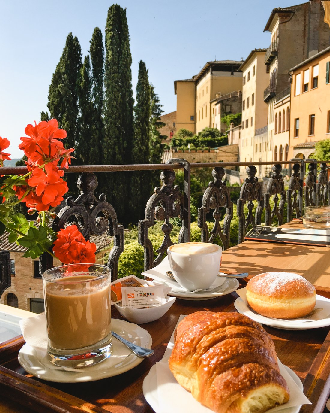 Top Towns to Visit in Tuscany | Where to go in Montepulciano #italy