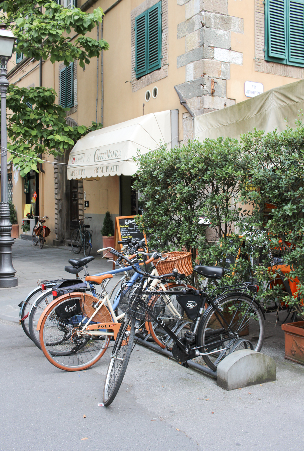 Travel Guide to Lucca