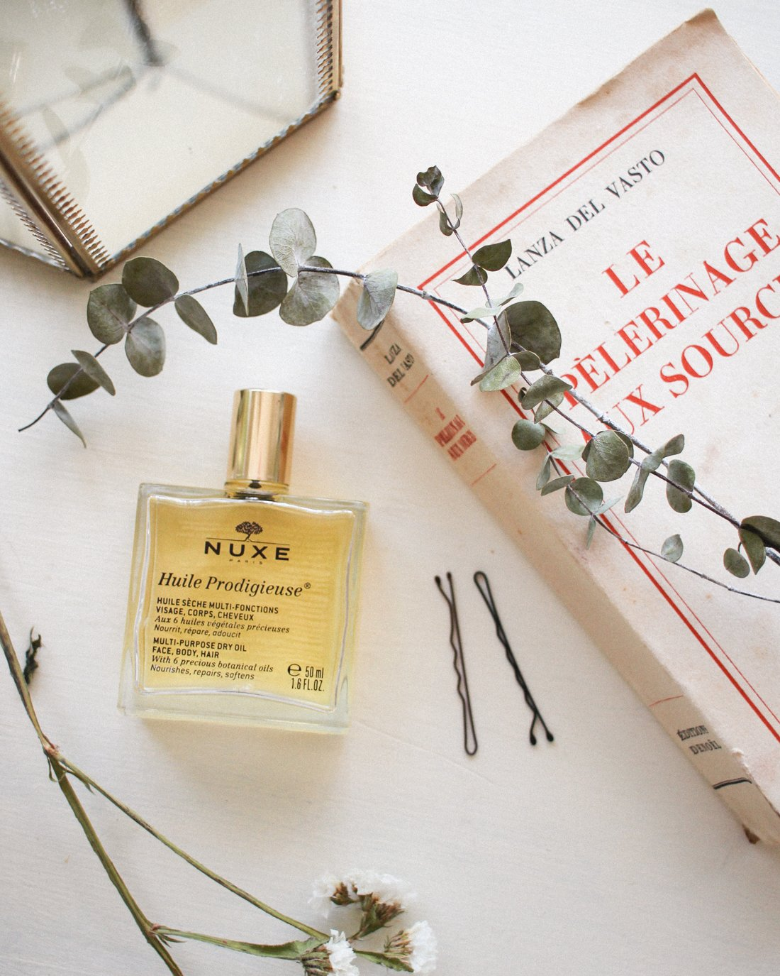 Best French Skincare Products- NUXE oil
