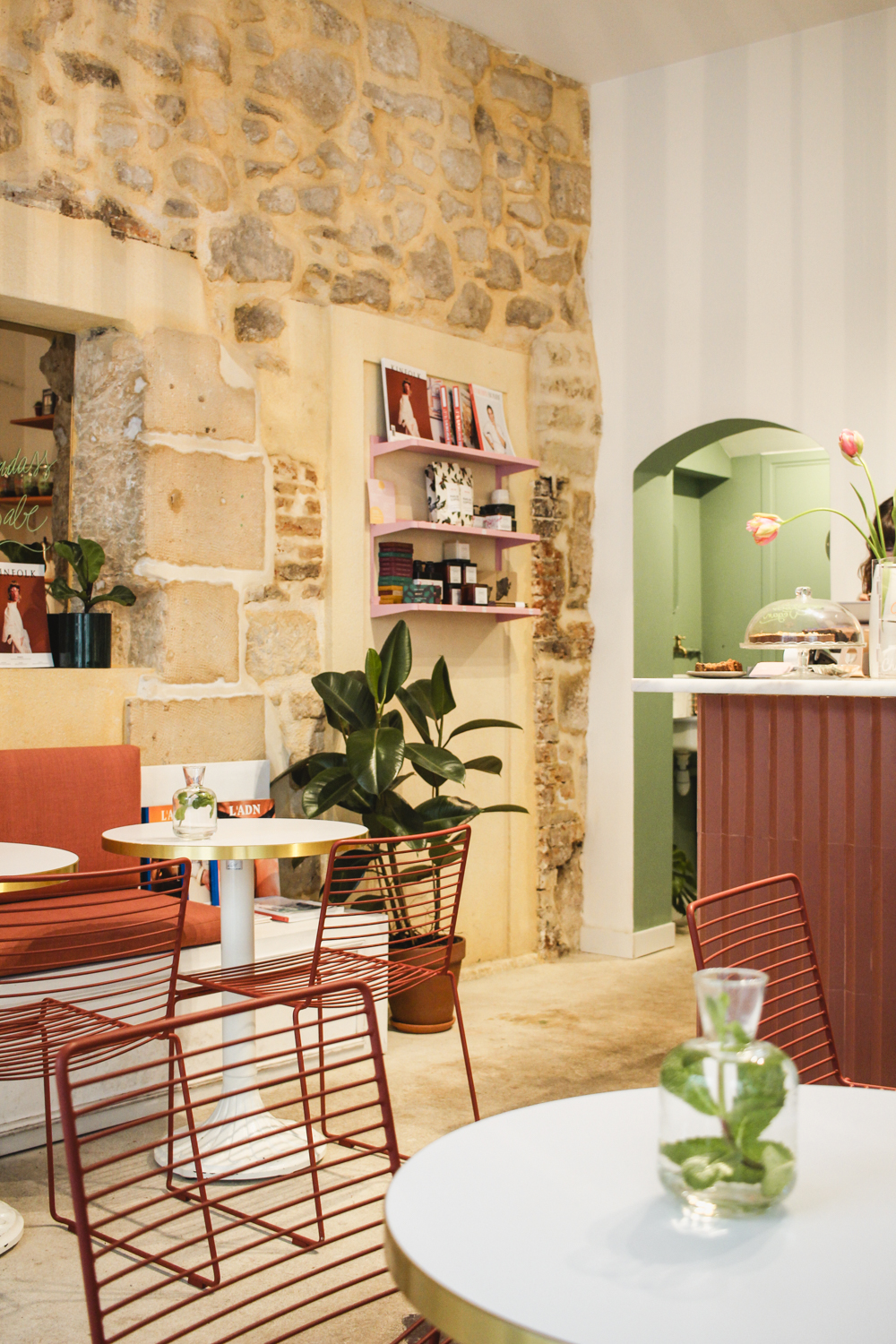 Cafes You Can't Miss in Paris- Cafe Berry