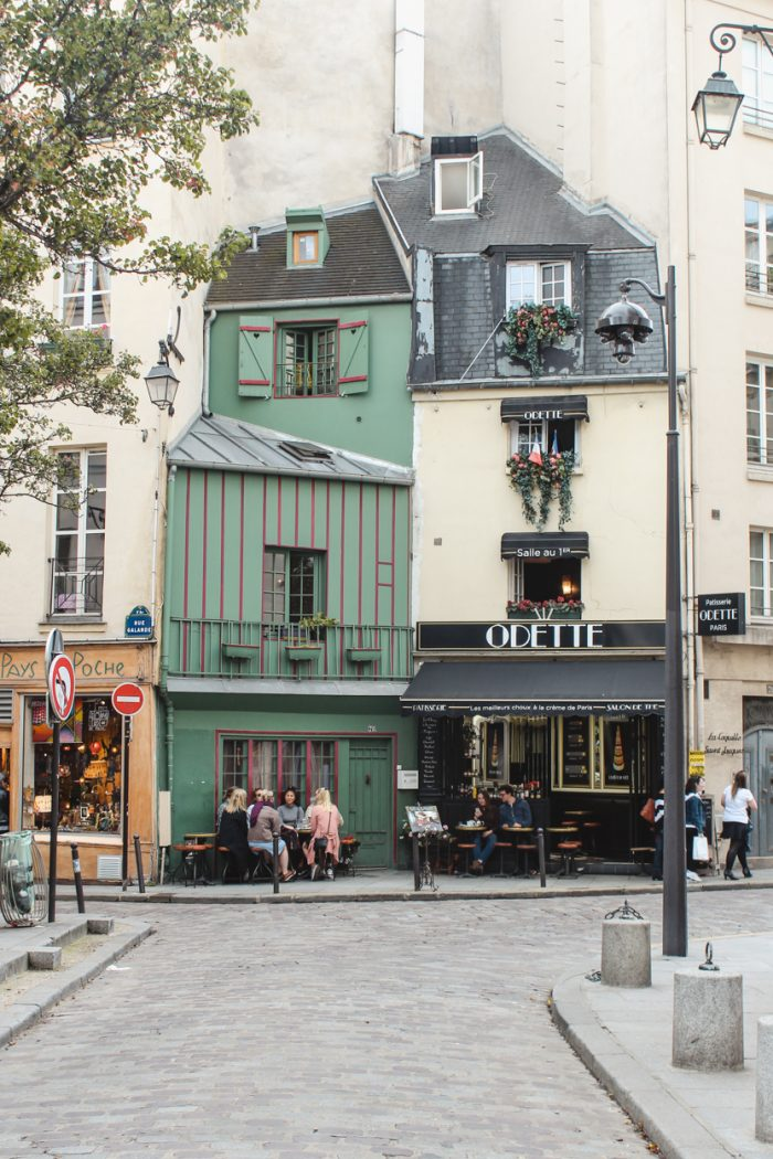 Cafes You Can't Miss in Paris