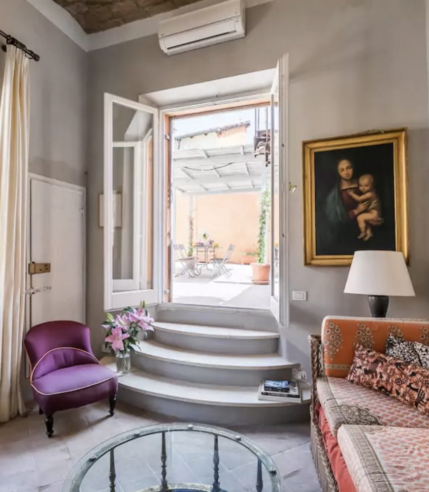 Apartments with a Terrace to Rent in Rome