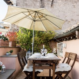 10 Apartments with a Terrace to Rent in Rome