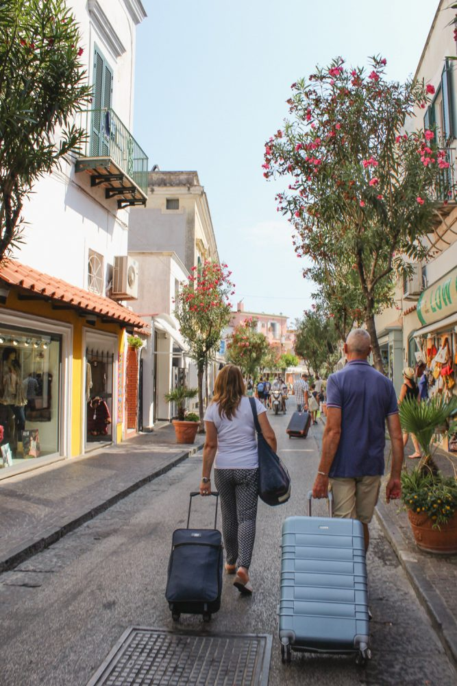 Ischia Travel Guide - Travelers arriving