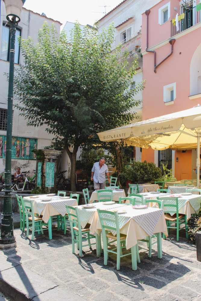 Ischia Travel Guide- Restaurant in Ischia
