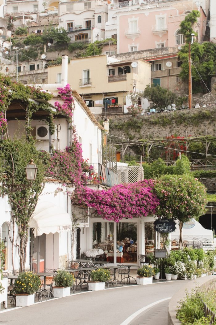 How to get to Positano from Naples