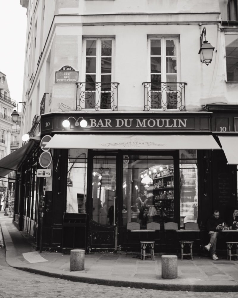 Bar du Moulin in Paris | Black & White Bar | Paris Travel Tips